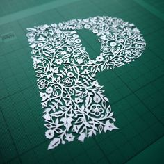 P is for paper-cut Typography design inspiration Cool Typography, Typography Letters, Typography Design, Hand Lettering, Paper Cutting, Cut Paper, Kitsch, Paper Art, Paper Crafts
