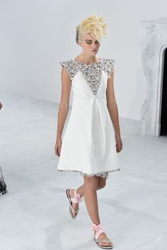 Chanel Haute Couture show wedding dresses - Photo 2 | Celebrity news in hellomagazine.com