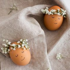 """Easter is right around the corner and when we spotted these sweet little gals we just had to share them with you! What a dreamy way to decorate your eggs!…"" -- floral crowns, baby's breath"
