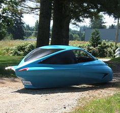 Your Car of the Day Futuristic Motorcycle, Retro Futuristic, Electric Trike, Electric Cars, Funny Looking Cars, Fuel Efficient Cars, Reverse Trike, Trike Motorcycle, Flying Car