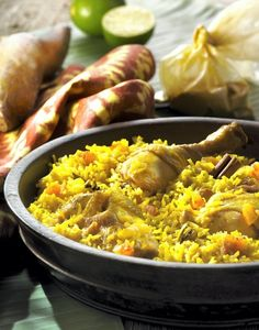 Poulet pilao Senegalese Recipe, Spanish Rice, Chicken Rice, French Food, Couscous, Paella, Food And Drink, Pork, Yummy Food