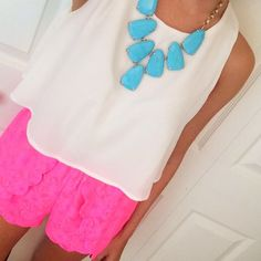 southern-curls-and-pearls:  Kendra Scott Harlow necklace Chicwish white tank Fab Finds pink scalloped shorts