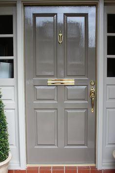 Grey Front Doors, Front Door Entrance, Front Door Colors, Entrance Ideas, Door Ideas, Doorway, Painted Exterior Doors, Painted Front Doors, Exterior Paint