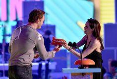 Pin for Later: Die besten Fotos der Kids' Choice Awards Chris Pratt und Angelina Jolie