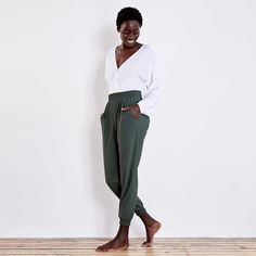Arenite Pants from Sew Liberated would be a great way to make these RTW pants.