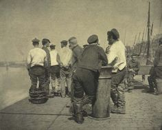 Dock workers, 1890s Victorian Life, Victorian London, Vintage London, Old London, Candid Photography, Night Photography, Old Photos, Vintage Photos, 19th Century London