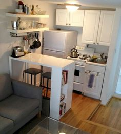If you are looking for Brilliant Studio Apartment Decorating Ideas, You come to the right place. Here are the Brilliant Studio Apartment Decora. Studio Apartment Kitchen, Small Apartment Living, One Bedroom Apartment, Cozy Apartment, Studio Apartment Organization, Basement Apartment Decor, Studio Apartment Design, Studio Kitchen, Organization Hacks