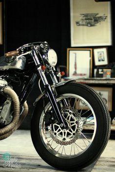 Visual vintage motorcycle feast ~ Return of the Cafe Racers