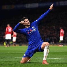 Will @alvaromorata win a trophy for @chelseafc ? ⚽️🔵⚪️ He seems to have integrated perfectly in London. #chelsea #alvaromorata #premierleague #football #england #soccer #trophy
