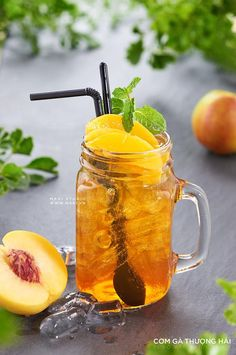 Gin Recipes, Iced Tea Recipes, Coctails Recipes, Real Food Recipes, Coffee Photography, Food Photography, My Coffee Shop, Recipes From Heaven, Fruit Smoothies