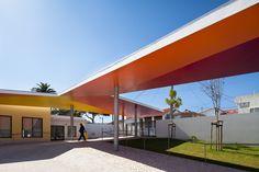 Galeria de Cobertura da Escola Primária em Santarém / extrastudio - 4