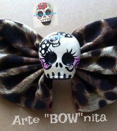 Sugar Skull hairbow hair bow Arte BOWnita  Clay by ArteDeMiFamilia, $6.49