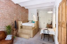 Micro Flat in the Heart of Barcelona with Exposed Brick Walls | www.vintageindustrialstyle.com #exposedbrickwalls #microflat #industrialloft