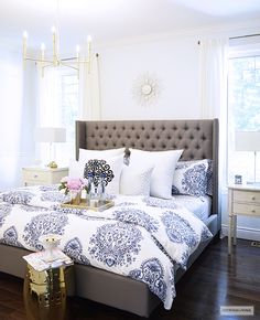 Seven Ideas to Decorate the Foot of Your Bed - Kelley Nan