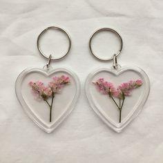 ꒰ 彡pinterest: ♡ ᴱᴬᴿᴬ ♡ 彡 ꒱ pink aesthetic Cute Jewelry, Jewelry Accessories, Fashion Accessories, Jewlery, Bling Bling, Cute Earrings, Pink Aesthetic, Mellow Yellow, Harajuku