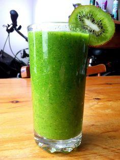 Summer green smoothie - no smoothie maker required! #vegan