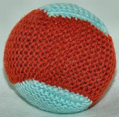 Helppo pallo neuloen