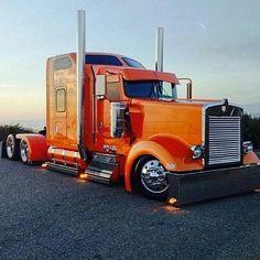 semitrckn:Custom Kenworth - US Trailer Repair. Show Trucks, Big Rig Trucks, Old Trucks, Custom Big Rigs, Custom Trucks, Pick Up, 3 Bmw, Train Truck, Peterbilt Trucks