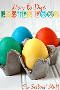 25 Fun Ways to Decorate Easter Eggs.  With pictures, links to directions, and all on one page!
