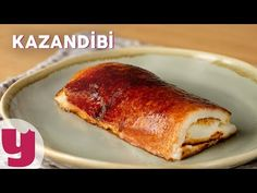 Kazandibi: Take 6 cups of milk, 1 cup of powdered sugar, 3 tablespoons of rice flour and 3 tablespoons of corn starch in a deep pot. Raw Milk, Rice Flour, Homemade Beauty Products, Iftar, Corn Starch, Powdered Sugar, Tray Bakes, Bon Appetit, French Toast