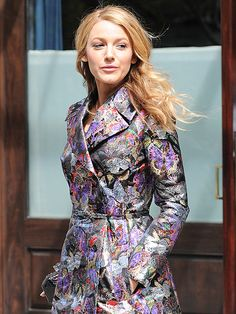 WIND SWEPT Bring on the glam! Blake Lively struts down the streets of New York City on Wednesday as she leaves her hotel sporting a patterned trench and sultry expression.