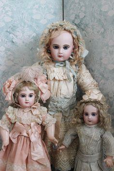 Vintage French Jumeau dolls