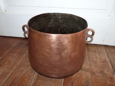 Big antique French copper pan kettle pot w handles 1800s rare kitchenware from France, farmhouse country cottage cooking kitchen