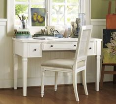 meredith smart technology vanity desk