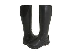 LOVE these rainboots with the flexible back
