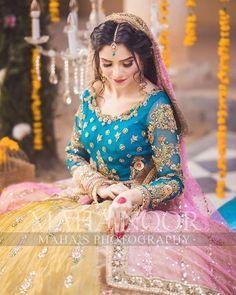 Pakistani Mehndi Dress, Pakistani Formal Dresses, Pakistani Fashion Party Wear, Pakistani Wedding Outfits, Indian Bridal Outfits, Pakistani Wedding Dresses, Pakistani Dress Design, Latest Bridal Dresses, Bridal Mehndi Dresses