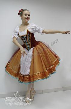 Peasant dress www.ballet-fashion.eu