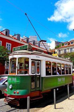 The historical nr.28 tram line (Elétrico Nr.28), Lisboa, Portugal. Foto: Claudia Schuh