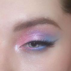 Edgy Makeup, Makeup Eye Looks, Eye Makeup Art, Cute Makeup, Pretty Makeup, Skin Makeup, Eyeshadow Makeup, Pastel Eyeshadow, Pastel Makeup