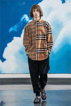Gosha Rubchinskiy Fall 2018 Menswear Fashion Show is part of Clothes Fall 2018 - The complete Gosha Rubchinskiy Fall 2018 Menswear fashion show now on Vogue Runway Mens Fashion 2018, Indian Men Fashion, Stylish Mens Fashion, Fashion Tips, Runway Fashion, Fashion Ideas, Womens Fashion, Jacket Style, Shirt Style