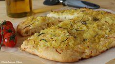 Per cena o pranzo preparate questa deliziosa focaccia di patate...