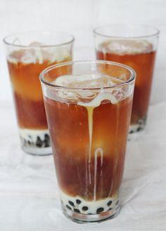 thai tea w/ boba