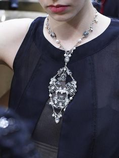 23 Fall Jewelry Looks From the Runway: Chanel, Vintage Inspired Jewelry