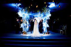 A Galia Lahav Bride for a Super Luxe Jewish Wedding, with an Epic Chuppah, at The Dorchester, London, UK - Smashing the Glass London Landmarks, Galia Lahav, Chuppah, Luxury Wedding, Wedding Blog, Jewish Weddings, Bride, Glass