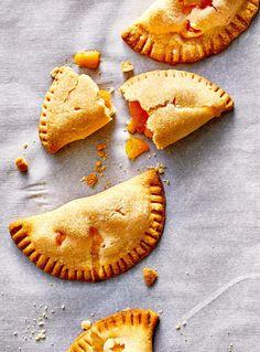 Fried Peach Pies, Mini Peach Pies, Fried Pies, Mini Pies, Oven Recipes, Air Fryer Recipes, Cooking Recipes, Greek Turkey Burgers, Popcorn Shrimp