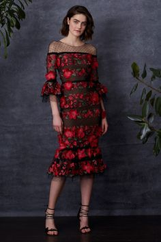 01a6966b1cc Getting Lost in a Shady Garden  Marchesa Notte Pre-Fall 2018. Cocktail Dress  Classy EveningMidi ...