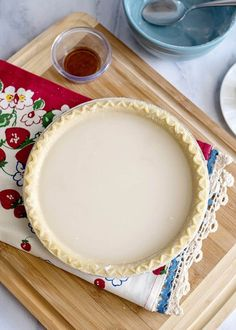 Water Pie is a depression era recipe that turns the simplest of ingredients into a delicious buttery pie! The primary ingredient is WATER! Water Pie Recipe, Custard Pie Recipe Easy, Delicious Desserts, Dessert Recipes, Yummy Food, Healthy Food, Depression Era Recipes, Brittle Recipes, Cream Pie Recipes
