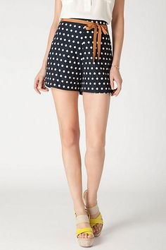 What Would Snow White Wear? High Waisted Polka Dot Shorts.