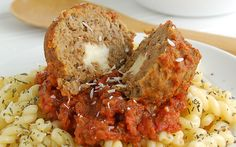 10 Meatball Recipes, including these Cheesy Mozzarella Stuffed Meatballs- YUM!