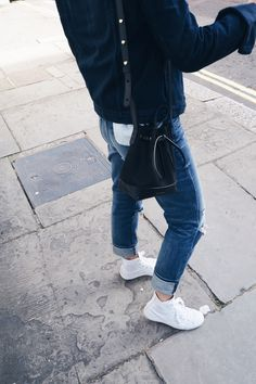 Mansur Gavriel bucket bag & Converse. Via Mija