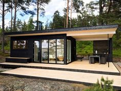 Container House - Résultat de recherche dimages pour mökki 25 moderni Who Else Wants Simple Step-By-Step Plans To Design And Build A Container Home From Scratch? Building A Container Home, Container House Design, Tiny House Design, Modern House Design, Container Houses, Future House, My House, Shipping Container Homes, Shipping Containers