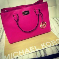 MICHAEL Michael Kors Charm Tassel Large Shoulder Tote Luggages Model: MK Bags - 012 CAD$79.73