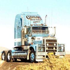 Road Train, Kenworth Trucks, Big Rig Trucks, Vintage Trucks, Clean Metal, Rigs, Bears, American, Diamond