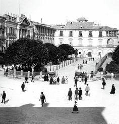 Glorieta de España y Ayuntamiento en 1900