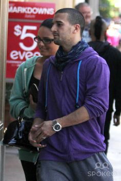 Mark Ballas and Pia Toscano arrive at the Cheesecake Factory for a lunch date
