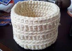 Resultado de imagem para cesta feita de crochê